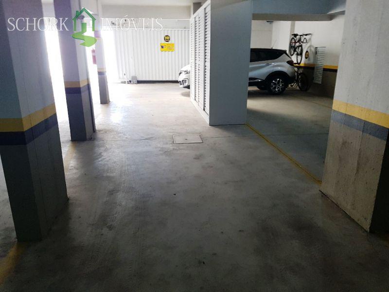 Garagem dupla com entrada individual
