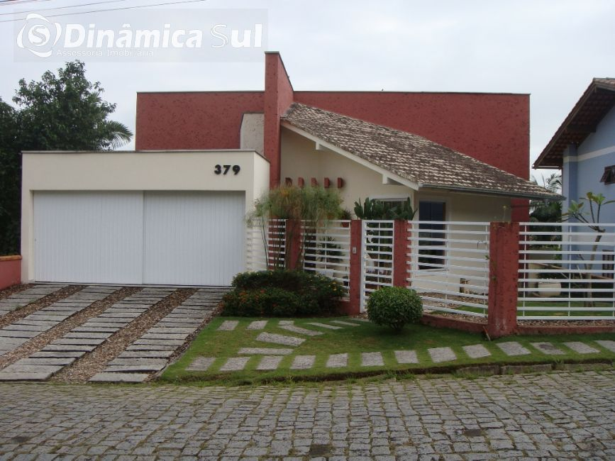 3471459, Casa de 3 quartos, 288.23 m² à venda no bairro Escola Agrícola - Blumenau/SC
