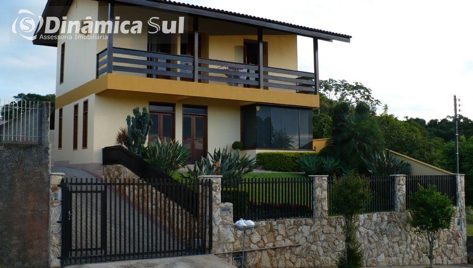 3471900, Casa de 3 quartos, 250.00 m² à venda no bairro Água Verde - Blumenau/SC