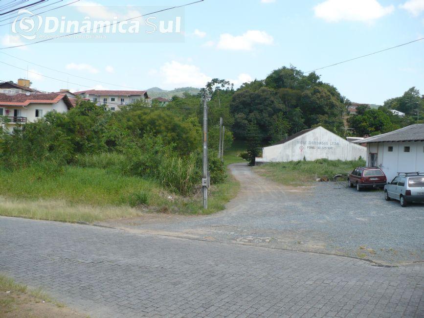 3472007, Terreno, 9457.50 m² à venda no bairro Velha Central - Blumenau/SC