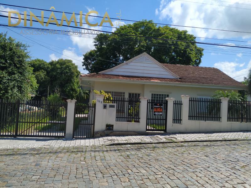 Casa para Aluguel em Blumenau - Garcia