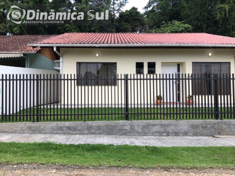 Casa para Aluguel em Blumenau - Salto do Norte