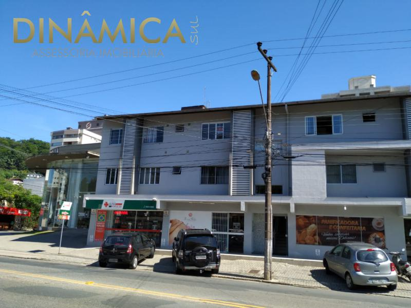 Apartamento ao lado da Santa Clara Veículos e próximo ao Hospital do Pulmão.