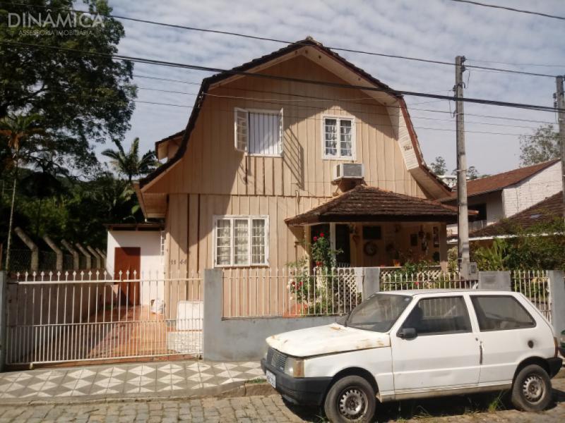 3473502, Terreno de 4 quartos à venda no bairro Ribeirão Fresco - Blumenau/SC