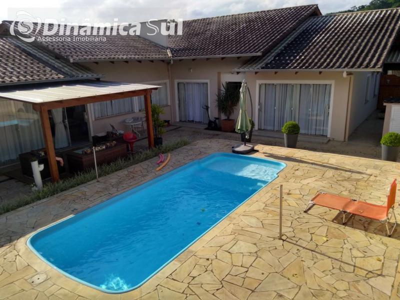Casa para Venda em Blumenau - Salto do Norte