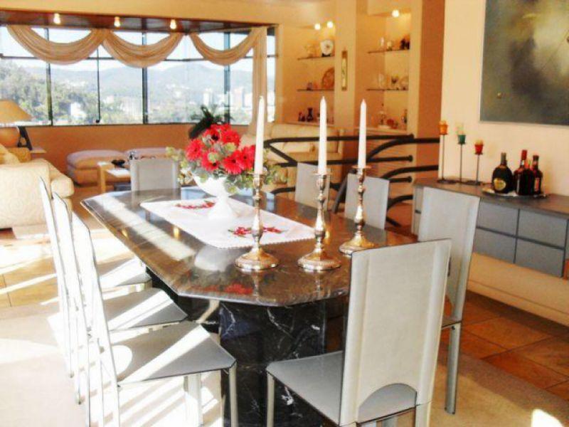 Apartamento para Aluguel em Blumenau - Ponta Aguda