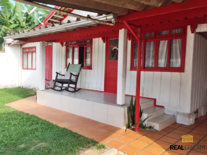 Casa 2 dormitórios Garcia - Blumenau, SC