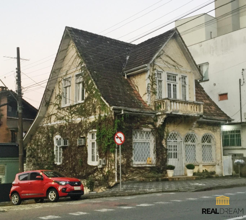 Casa 3 dormitórios Centro - Blumenau, SC